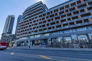 Photo 2: 216 169 Fort York Boulevard in Toronto: Waterfront Communities C1 Condo for lease (Toronto C01)  : MLS®# C4762116