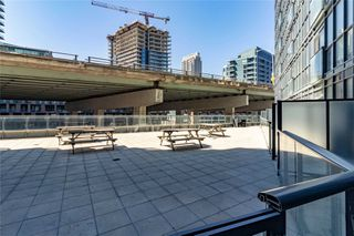 Photo 4: 216 169 Fort York Boulevard in Toronto: Waterfront Communities C1 Condo for lease (Toronto C01)  : MLS®# C4762116