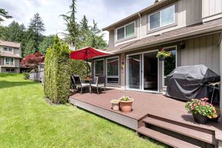 """Photo 1: 9573 WILLOWLEAF Place in Burnaby: Forest Hills BN Townhouse for sale in """"SPRING RIDGE"""" (Burnaby North)  : MLS®# R2462681"""