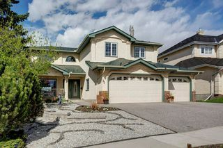 Photo 3: 32 COUNTRY HILLS Close NW in Calgary: Country Hills Detached for sale : MLS®# C4297950