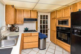 Photo 13: 1069 109 Street in Edmonton: Zone 16 House Half Duplex for sale : MLS®# E4208480