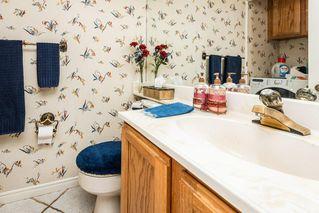 Photo 17: 1069 109 Street in Edmonton: Zone 16 House Half Duplex for sale : MLS®# E4208480