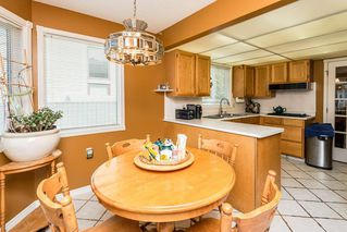 Photo 10: 1069 109 Street in Edmonton: Zone 16 House Half Duplex for sale : MLS®# E4208480
