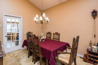 Photo 7: 1069 109 Street in Edmonton: Zone 16 House Half Duplex for sale : MLS®# E4208480