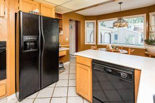 Photo 16: 1069 109 Street in Edmonton: Zone 16 House Half Duplex for sale : MLS®# E4208480