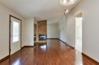 Photo 3: 15421 76 Avenue in Edmonton: Zone 22 House for sale : MLS®# E4209923