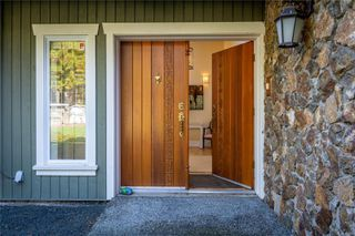 Main Photo: 4765 Elk Rd in : SW Beaver Lake House for sale (Saanich West)  : MLS®# 857349