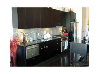 """Photo 2: 502 121 BREW Street in Port Moody: Port Moody Centre Condo for sale in """"SUTER BROOK"""" : MLS®# V889021"""