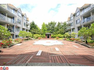 "Photo 10: 309 12101 80TH Avenue in Surrey: Queen Mary Park Surrey Condo for sale in ""Surrey Town Manor"" : MLS®# F1118358"