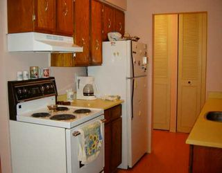 """Photo 4: 212 5450 EMPIRE DR in Burnaby: Capitol Hill BN Condo for sale in """"EMPIRE PLACE"""" (Burnaby North)  : MLS®# V590775"""