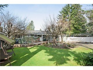 Photo 2: 707 ROBINSON Street in Coquitlam: Coquitlam West House for sale : MLS®# V997474