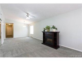 Photo 6: 100 7570 Tetayut Rd in SAANICHTON: CS Saanichton Manufactured Home for sale (Central Saanich)  : MLS®# 669705