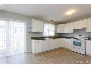 Photo 11: 100 7570 Tetayut Rd in SAANICHTON: CS Saanichton Manufactured Home for sale (Central Saanich)  : MLS®# 669705