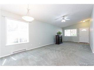 Photo 8: 100 7570 Tetayut Rd in SAANICHTON: CS Saanichton Manufactured Home for sale (Central Saanich)  : MLS®# 669705