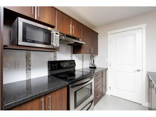 "Photo 6: 101 19388 65 Avenue in Surrey: Clayton Condo for sale in ""Liberty"" (Cloverdale)  : MLS®# F1411117"