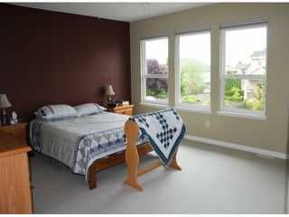 "Photo 10: 19138 64TH Avenue in Surrey: Cloverdale BC House for sale in ""BAKERVIEW"" (Cloverdale)  : MLS®# F1415357"