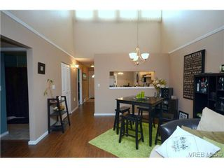 Photo 17: 35 3049 Brittany Drive in VICTORIA: Co Sun Ridge Townhouse for sale (Colwood)  : MLS®# 342860