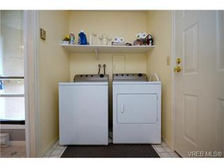 Photo 9: 35 3049 Brittany Drive in VICTORIA: Co Sun Ridge Townhouse for sale (Colwood)  : MLS®# 342860