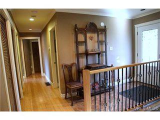 Photo 8: 5010 Santa Clara Ave in VICTORIA: SE Cordova Bay Single Family Detached for sale (Saanich East)  : MLS®# 683806