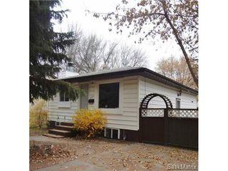 Main Photo: 420 S Avenue South in Saskatoon: Pleasant Hill Single Family Dwelling for sale (Saskatoon Area 04)  : MLS®# 515833