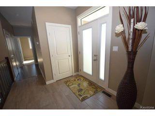 Photo 2: 17 Crystal Drive in OAKBANK: Anola / Dugald / Hazelridge / Oakbank / Vivian Residential for sale (Winnipeg area)  : MLS®# 1500333