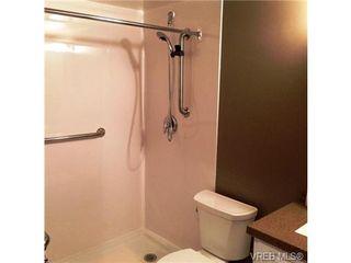 Photo 12: 220 1680 Poplar Ave in VICTORIA: SE Mt Tolmie Condo for sale (Saanich East)  : MLS®# 689793