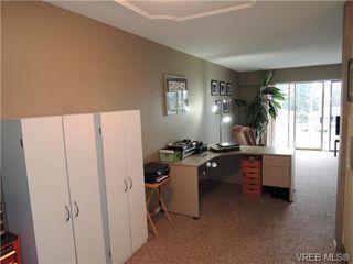 Photo 8: 220 1680 Poplar Ave in VICTORIA: SE Mt Tolmie Condo for sale (Saanich East)  : MLS®# 689793
