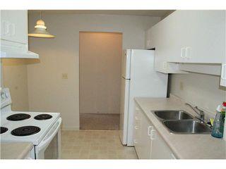 """Photo 6: 309 13771 72A Avenue in Surrey: East Newton Condo for sale in """"NEWTON PLAZA"""" : MLS®# F1432702"""