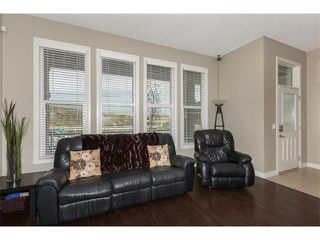 Photo 5: 928 EVANSTON Drive NW in Calgary: Evanston House for sale : MLS®# C4034736