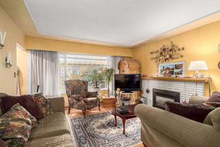 Photo 4: 2653 TRINITY Street in Vancouver: Hastings East House for sale (Vancouver East)  : MLS®# R2044398
