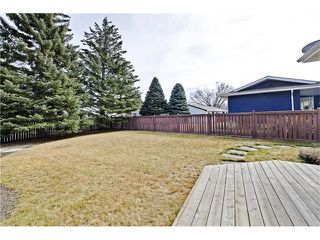 Photo 20: 6628 LETHBRIDGE Crescent SW in Calgary: Lakeview House for sale : MLS®# C4055225