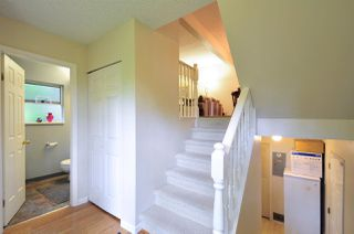 "Photo 2: 8895 FINCH Court in Burnaby: Forest Hills BN Townhouse for sale in ""PRIMROSE HILL"" (Burnaby North)  : MLS®# R2061604"