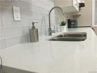 Photo 5: 107 Vivian Avenue in Winnipeg: St Vital Residential for sale (South East Winnipeg)  : MLS®# 1611810