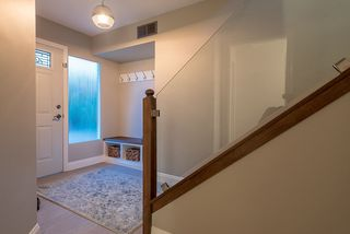 "Photo 16: 665 BEACHVIEW Drive in North Vancouver: Dollarton House for sale in ""DOLLARTON"" : MLS®# R2072666"