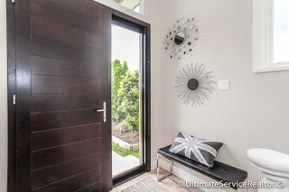 Photo 3: 1166 HABGOOD Street: White Rock House for sale (South Surrey White Rock)  : MLS®# R2072655