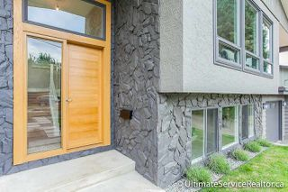 Photo 2: 1166 HABGOOD Street: White Rock House for sale (South Surrey White Rock)  : MLS®# R2072655