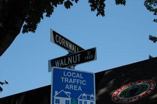 Photo 2: 1457 WALNUT Street: Kitsilano Home for sale ()  : MLS®# V770284