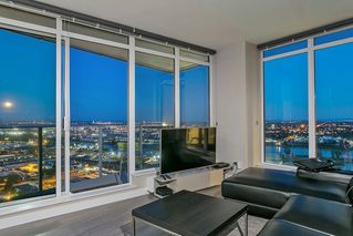"""Photo 3: 3701 488 SW MARINE Drive in Vancouver: Marpole Condo for sale in """"MARINE GATEWAY - NORTH TOWER"""" (Vancouver West)  : MLS®# R2102547"""