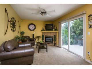 Photo 11: 27938 TRESTLE Avenue in Abbotsford: Aberdeen House for sale : MLS®# R2104396