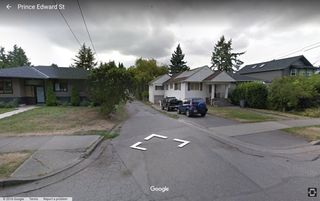 Photo 4: 4861 PRINCE EDWARD Street in Vancouver: Main Land for sale (Vancouver East)  : MLS®# R2105434