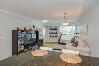 Photo 7: 208 22255 122 Avenue in Maple Ridge: West Central Condo for sale : MLS®# R2105719