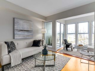"Photo 5: 301 3637 W 17TH Avenue in Vancouver: Dunbar Condo for sale in ""HIGHBURY HOUSE"" (Vancouver West)  : MLS®# R2131522"