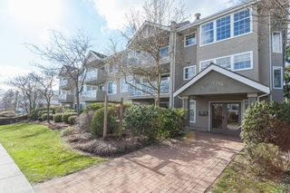 """Main Photo: 201 1369 GEORGE Street: White Rock Condo for sale in """"CAMEO TERRACE"""" (South Surrey White Rock)  : MLS®# R2142322"""