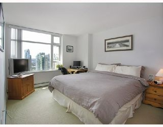 Photo 5: 2808 198 AQUARIUS Mews in Vancouver: Home for sale : MLS®# V725703