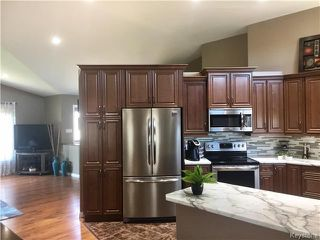 Photo 4: 212 BARKER Street in Dauphin: RM of Dauphin Residential for sale (R30 - Dauphin and Area)  : MLS®# 1713258