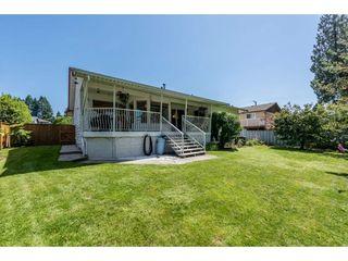 Photo 2: 12329 212 STREET in Maple Ridge: Northwest Maple Ridge House for sale : MLS®# R2186777