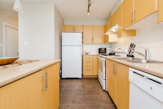 "Photo 15: 3502 1178 HEFFLEY Crescent in Coquitlam: North Coquitlam Condo for sale in ""Obelisk"" : MLS®# R2195278"