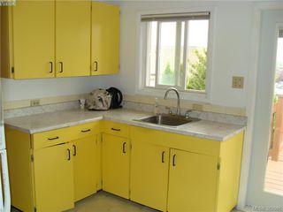 Photo 7: 729 Porter Rd in VICTORIA: Es Old Esquimalt Half Duplex for sale (Esquimalt)  : MLS®# 769529