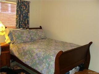 Photo 11: 729 Porter Rd in VICTORIA: Es Old Esquimalt Half Duplex for sale (Esquimalt)  : MLS®# 769529