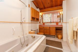 Photo 10: 6898 Woodward Dr in BRENTWOOD BAY: CS Brentwood Bay Single Family Detached for sale (Central Saanich)  : MLS®# 771146